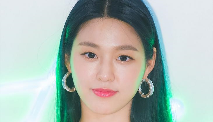 "[TOP초점] AOA 설현, SNS 최근 현황 → 태연 외 동료 코멘트도""저리 가라 ""-이은혜 기자"